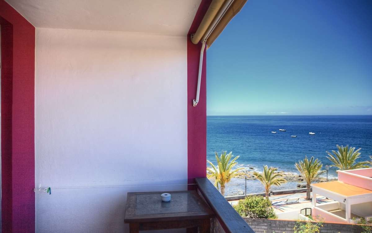 Gomera Lounge Apartment Bali Balkon