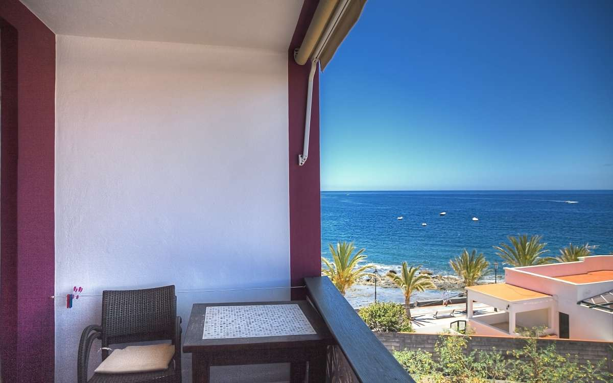 Gomera Lounge Apartment Thailand Balcony