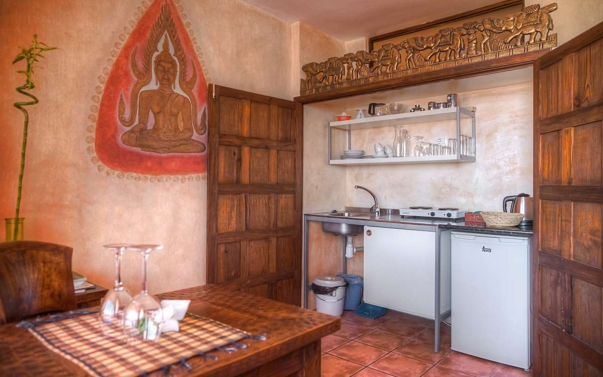 Gomera Lounge Apartment Thailand Kitchen